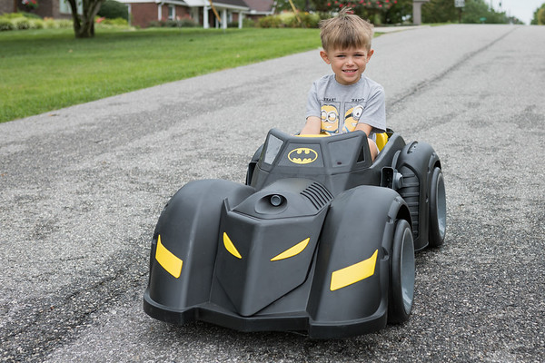 KY-Batmobile|PickingApples07-23-17