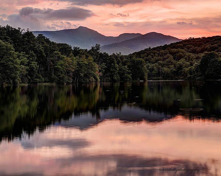 Price Lake 16x20.jpg