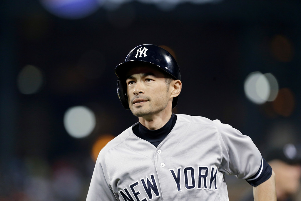 . New York Yankees\' Ichiro Suzuki runs to the dugout after grounding out against the Detroit Tigers in the fifth inning of a baseball game in Detroit Tuesday, Aug. 26, 2014. (AP Photo/Paul Sancya)