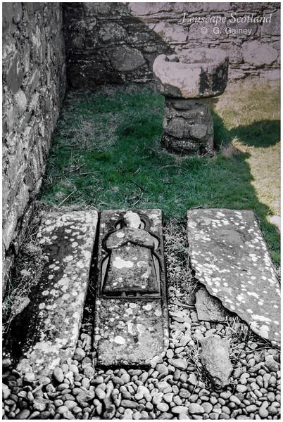 Kilchiaran Chapel - carved mediaeval grave slab (1998)