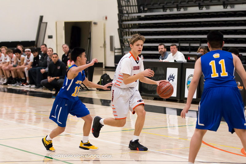 HMBHS Varsity Boys Basketball 2018-19-8388.jpg