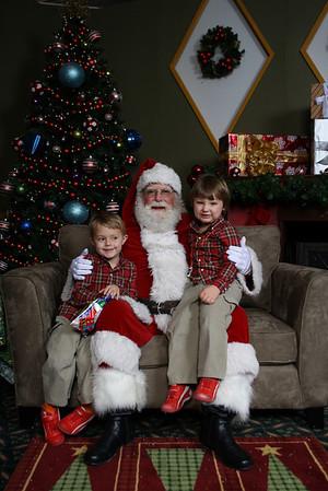 Santa Photos Fri 9am to 1015am