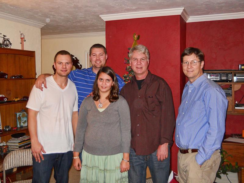 Christmas 2010 Loel12.jpg