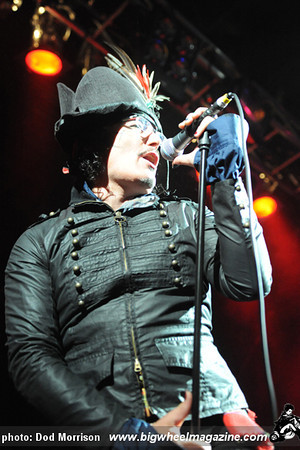 Adam Ant -Fat sams Dundee 2011 354 copy.jpg