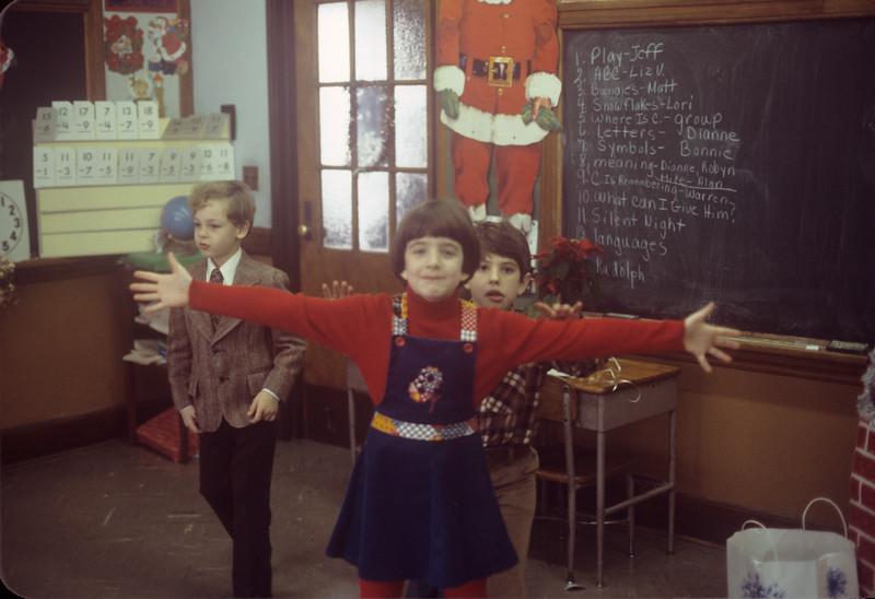 1977-12 Bonnie School Play.jpg