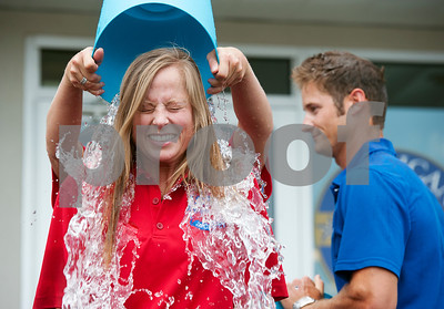 not-even-icecold-water-can-dampen-ice-bucket-challenge