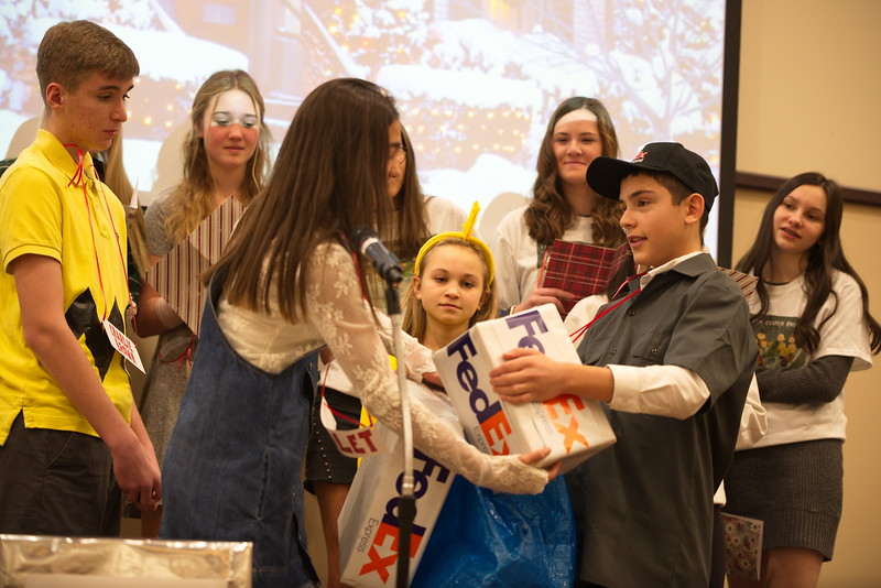 2019-12-15-Christmas-Pageant_128.jpg