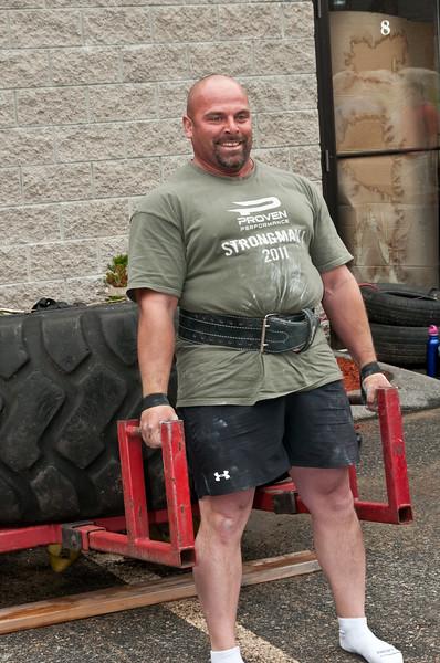 Fitness Revolution Strongman Challenge 2011_ERF3858.jpg