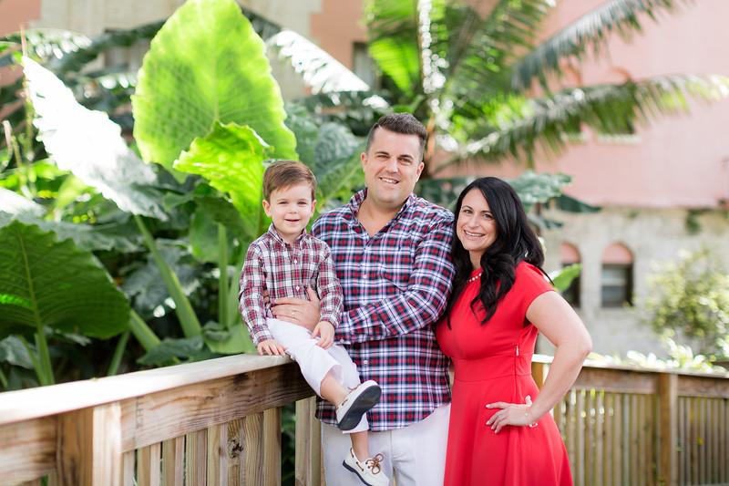 Holiday 2020 Tempone Family-6.jpg