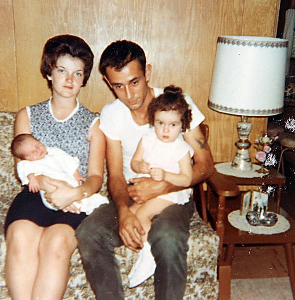 Edwin & Lynn with kids.JPG