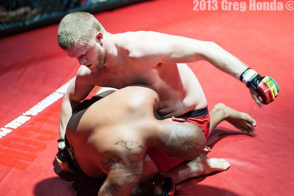 Albert Cambra vs Jason Bray