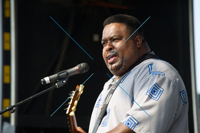 2011 Blues Fest Larry McCray