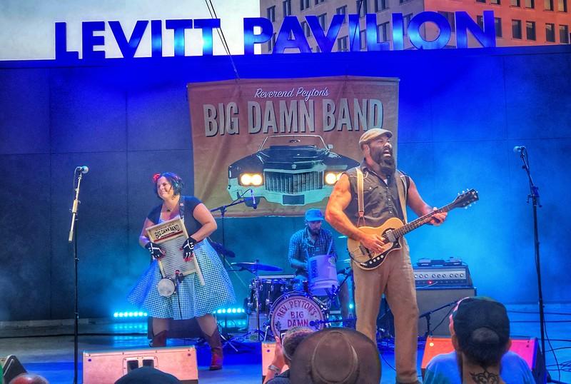 Reverend Peyton's Big Dam Band...