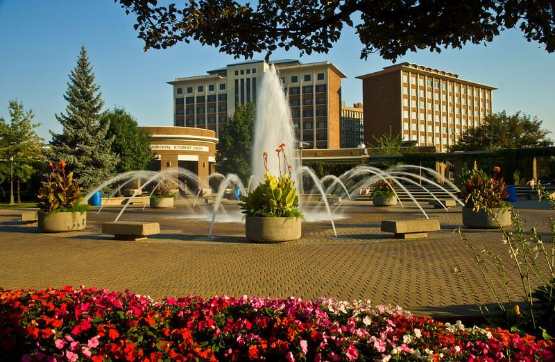 189355976_campus_scene_08_28_07_0047.jpg
