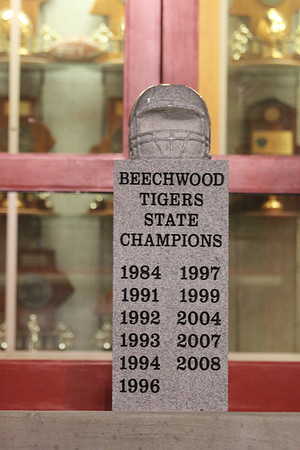Beechwood vs. Mayfield R4 11.23.12 (Michelle Dietz)