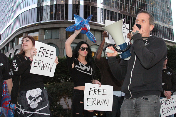 Sea Shepherd Los Angeles Vigil for Erwin Vermeulen - February 16, 2012