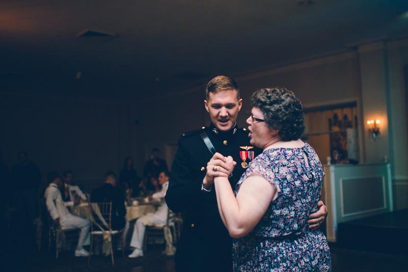 Philadelphia Wedding Photographer - Bernreuther-655.jpg