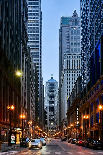 Chicago never sleeps.jpg