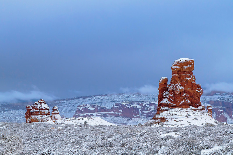 After the storm moved out, there wasn't much of the golden hour left, but all of the red sandstone formations had a fresh dusting of snow.