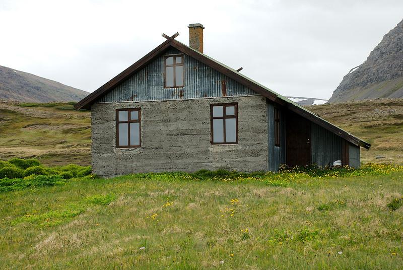 Aðalvík - Þverdalur. Holt. 2012.