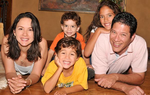 Alfonso, Lorna y Familia