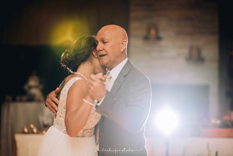 BRETT & CARMEN WEDDING PREVIEWS-132.JPG