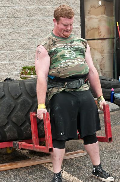 Fitness Revolution Strongman Challenge 2011_ERF3871.jpg