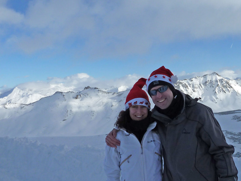 That's it for now. We look forward to returning for more sensible skiing, and extreme ironing and yeti-bonding, respectively! Best wishes for Xmas and 2013 folks!
