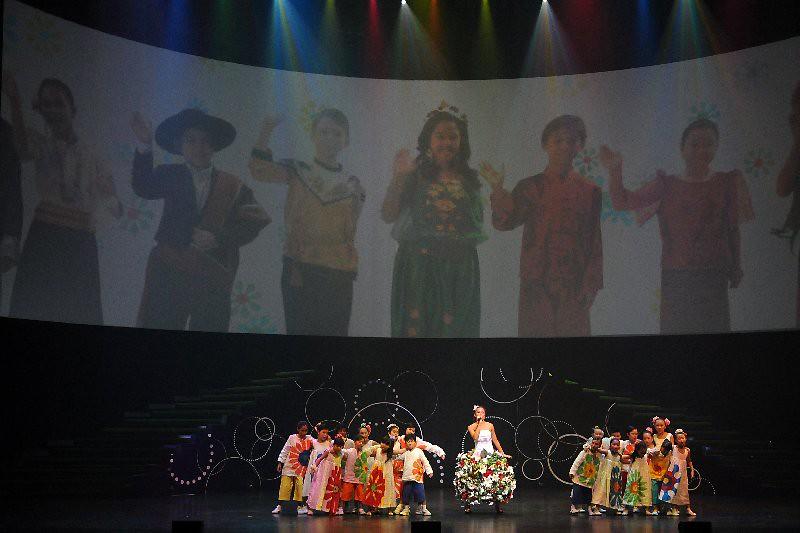 APEC Show  084.jpg