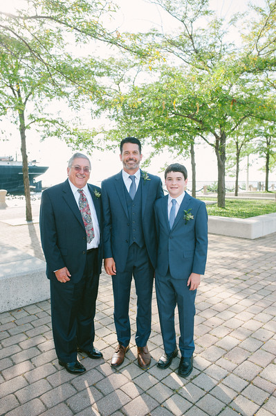 00235 Cleveland Wedding Photographer.jpg