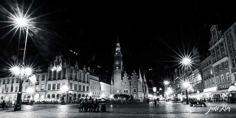2012.08.29_Wroclaw_DSC_2809-Edit-Juno Kim.jpg