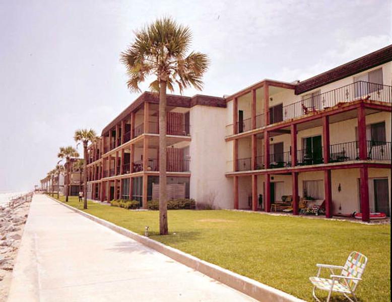 1972-condominiums on the beach.jpg