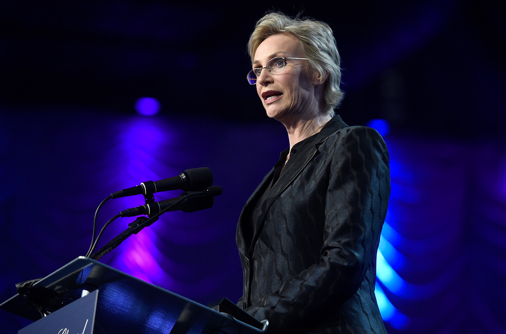 . Jane Lynch presents the Vanguard award at the 28th annual Palm Springs International Film Festival Awards Gala on Monday, Jan. 2, 2017, in Palm Springs, Calif. (Photo by Chris Pizzello/Invision/AP)