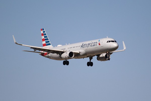 American Airlines (AA)