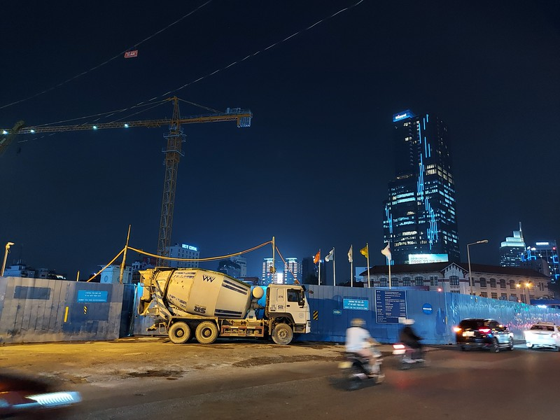 20201106_185002-ben-thanh-night-work.jpg