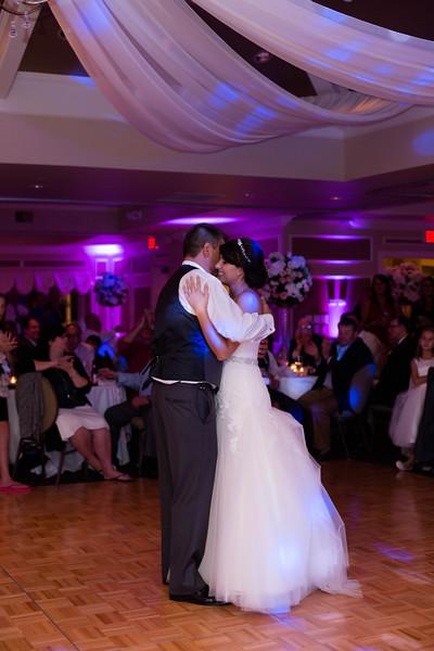 Matt & Erin Married _ reception (333).jpg