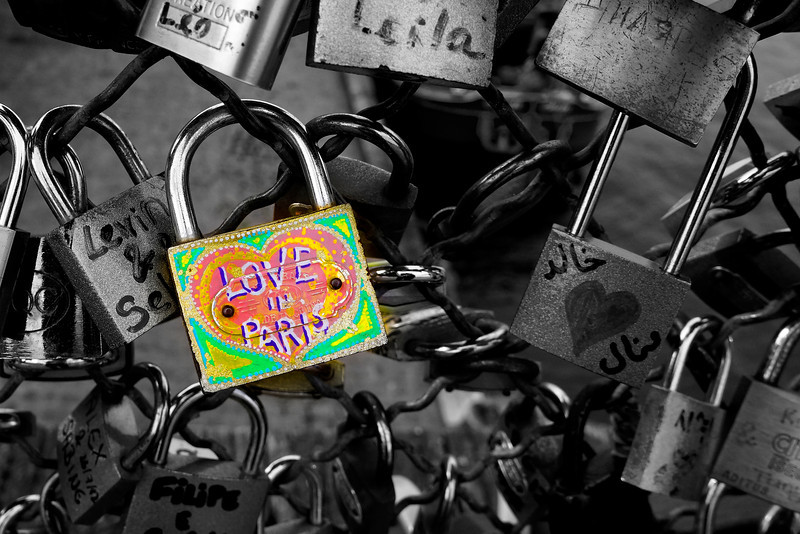Paris love locks 0328 B&w w color.jpg