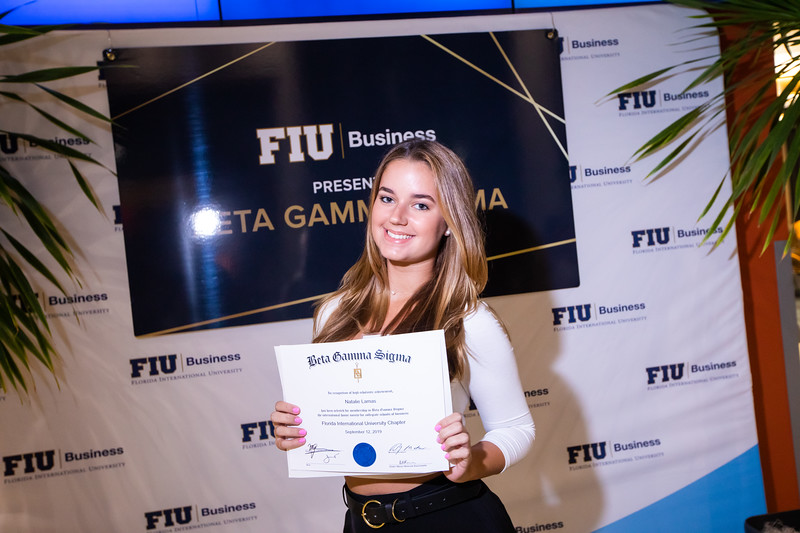 FIU Beta Gamma Sigma Ceremony 2019-127.jpg