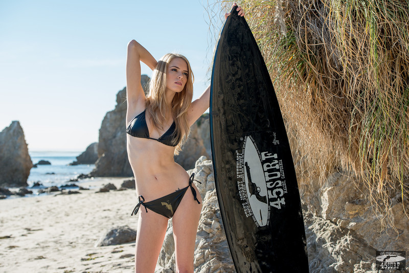 Nikon D800E Photos of Straw Blonde Hair Swimsuit Bikini Model Goddess with Pretty Blue Eyes!