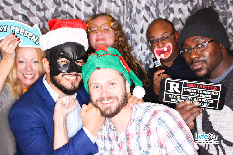 red-hawk-2017-holiday-party-beltsville-maryland-sheraton-photo-booth-0104.jpg