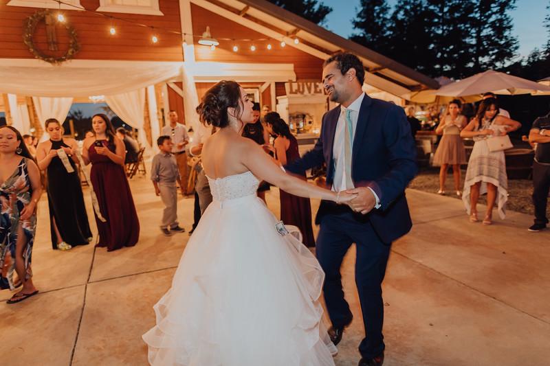2018-09-22_ROEDER_AlexErin_Wedding_CARD1_0516.jpg