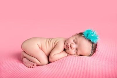 mackynzie newborn