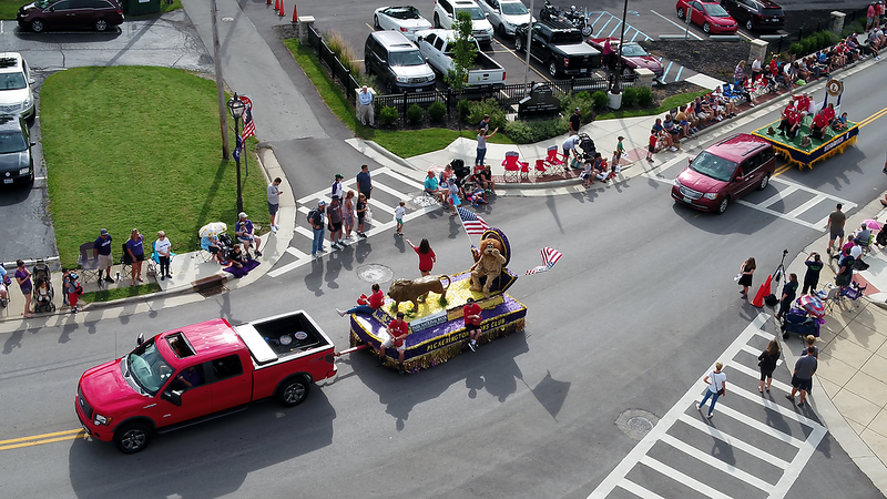 Parade_Drone (1).png