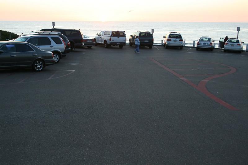 Moonlight Beach upper parking lot