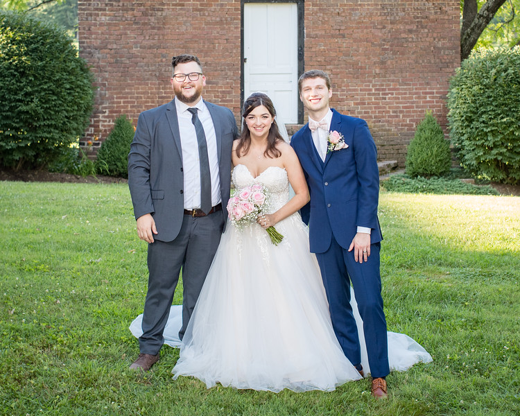 Laura & Luke at Warrenwood Manor 7.13.19