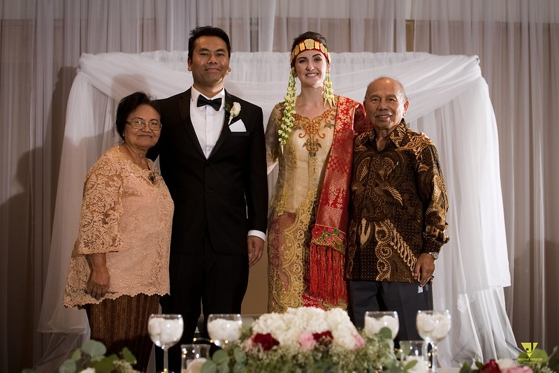 Wedding of Elaine and Jon -630.jpg