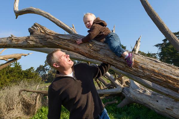 Darcey + Andrew = Aliana > Cyrus (Family Photography, Lighthouse Field and Dog Beach, Santa Cruz, California)