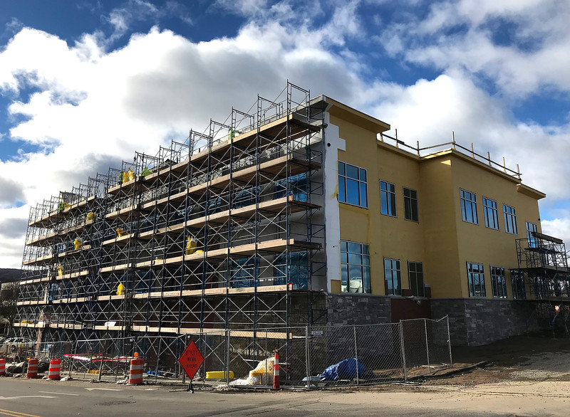 11/29/2018 Mike Orazzi | Staff Bristol Hospital's new downtown building at the intersection of Main Street and Riverside Avenue.