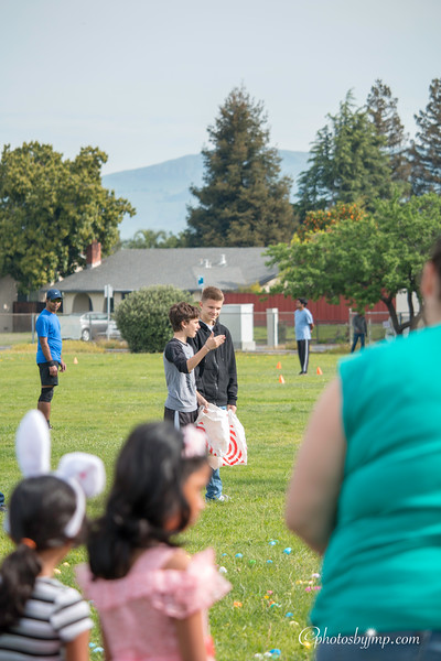 Community Easter Egg Hunt Montague Park Santa Clara_20180331_0102.jpg