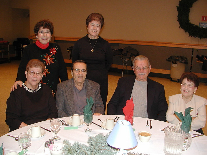 2002-12-12-Philoptochos-Senior-Citizens-Luncheon_014.jpg